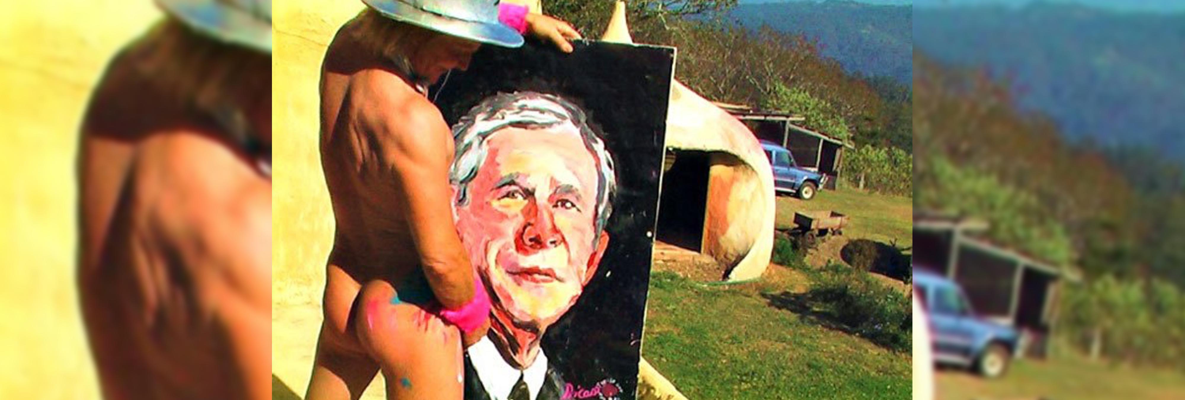 Pricasso, el pintor que dibuja retratos con su pene
