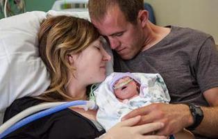 Una mujer da a luz a su hija, enferma terminal, para poder donar sus órganos