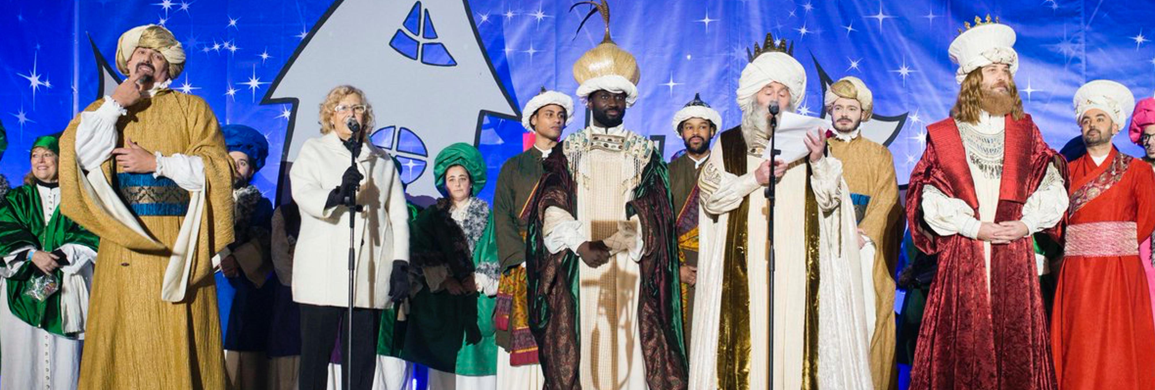 Ocho niños llaman al Ayuntamiento de Madrid porque los Reyes Magos no les trajeron regalos y Carmena interviene