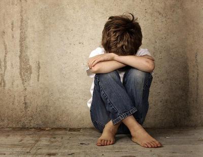 Le arrebatan la custodia de su hijo porque el niño es 'demasiado afeminado'