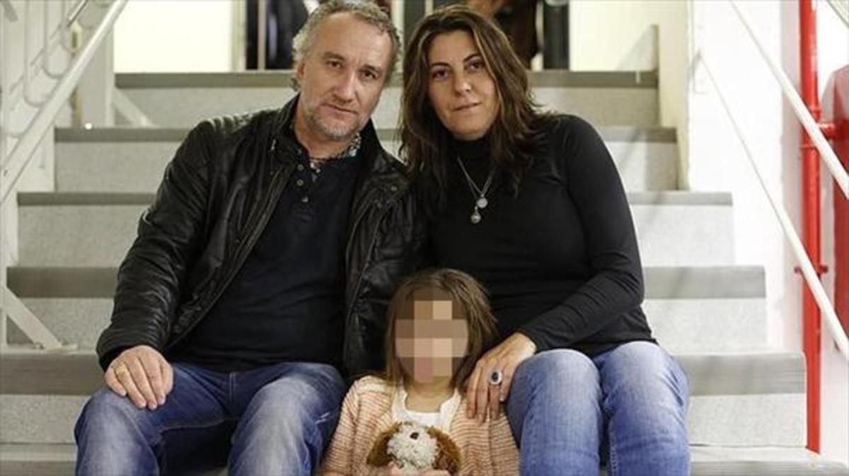 Los padres planearon huir de España