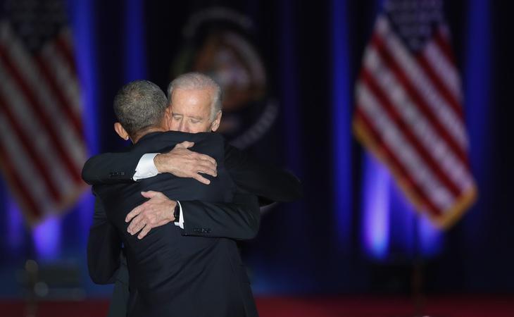 Ambos amigos se fundieron en un abrazo