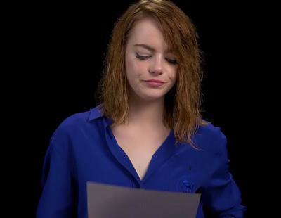 Emma Stone y 20 actores más reciben a Trump cantando 'I will survive'