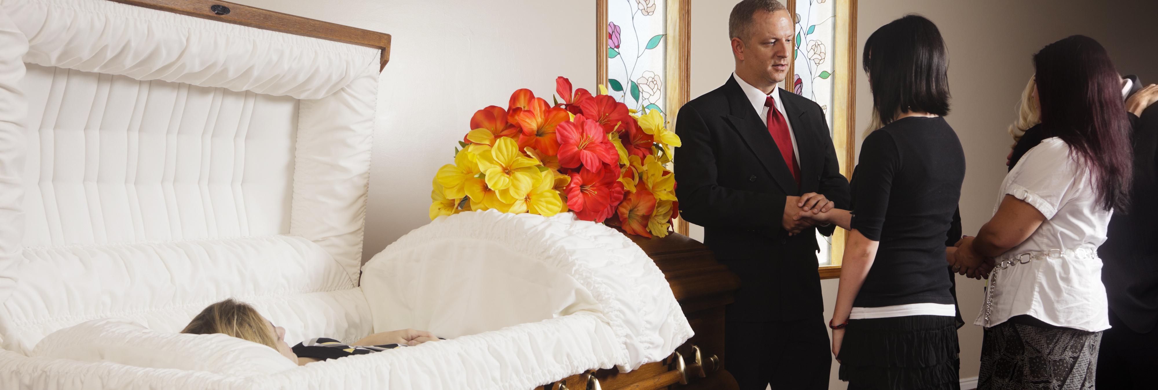 """""""¿Qué estáis haciendo? ¿Estáis celebrando mi propio funeral?"""""""