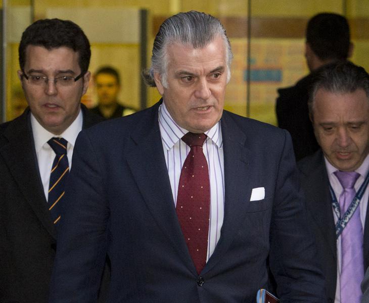 El extesorero del PP, Luis Bárcenas, en la salida de la Audiencia Nacional en una foto de archivo