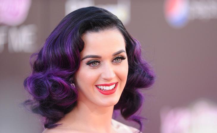 Katy Perry fue muy activa en redes sociales contra el candidato republicano Donald Trump