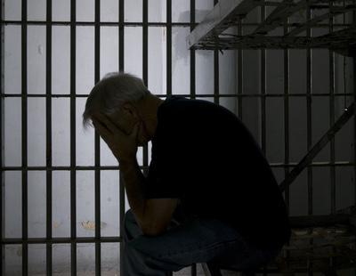 Condenan a cinco años de prisión a un hombre por abusar sexualmente de su madre de 83 años