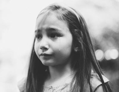 Condenan a nueva años de cárcel a la madre que planeó la violación de su hija de siete años