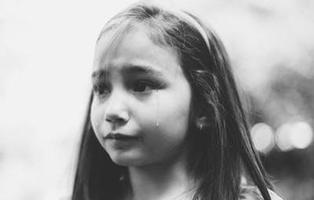 Condenan a nueve años de cárcel a la madre que planeó la violación de su hija de siete años
