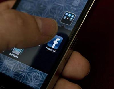 Violan a una joven y lo retransmiten a través de Facebook Live
