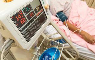 Sobrevive seis días sin pulmones