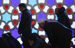 'Prohibido orinar de pie': las grandes curiosidades del decálogo de higiene íntima musulmana