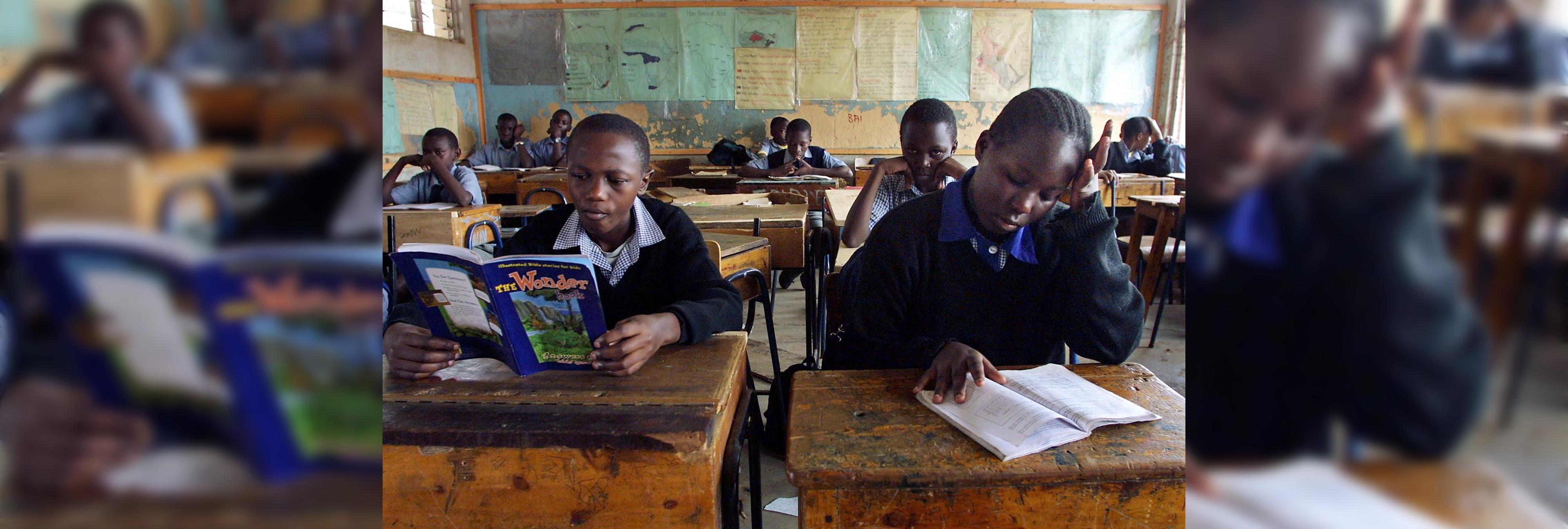 Una niña muere a causa de una paliza propinada por su profesor y sus compañeros por no saber leer
