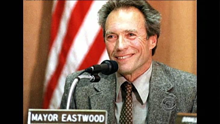 'Alcalde Eastwood', el 'papel' más desconocido del actor