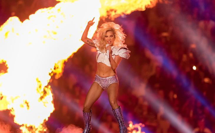 La cantante enloqueció a todos en el halftime show de la Super Bowl