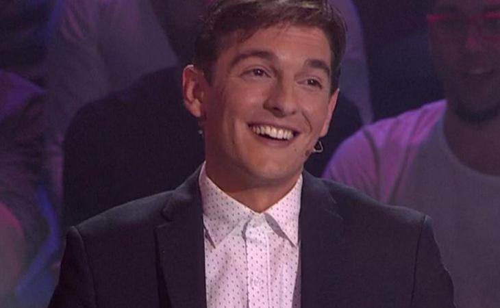 El locutor Xavi Martínez durante la emisión de la gala 'Objetivo Eurovisión'