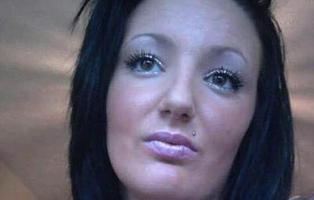 """Muere de cáncer de útero después de que le nieguen las pruebas """"por ser muy joven"""""""
