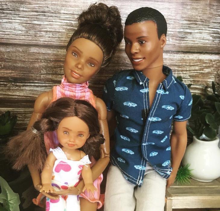 Barbie no solo tiene que ser una muñeca blanca (Instagram: allthelittledolls)