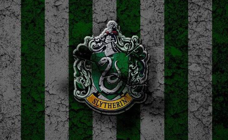 Escudo de la casa Slytherin