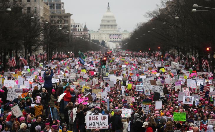 500.000 mujeres se reunieron en Washington para protestar contra Trump