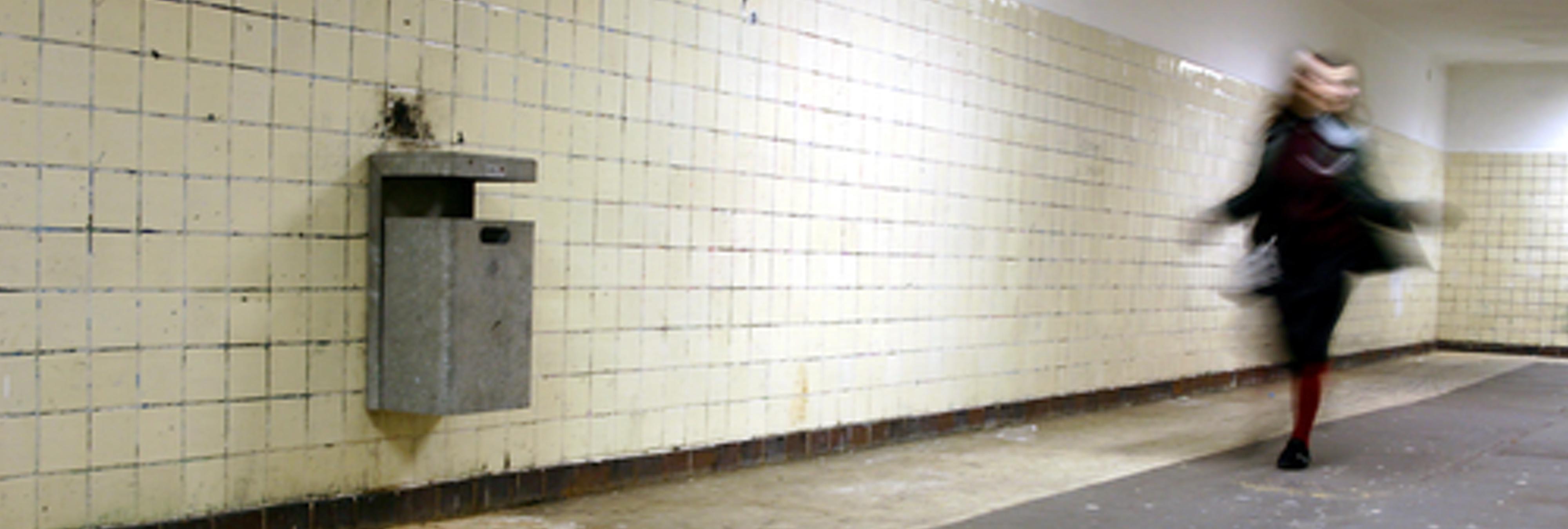 Detenido por violar a una mujer en el Metro de Valencia