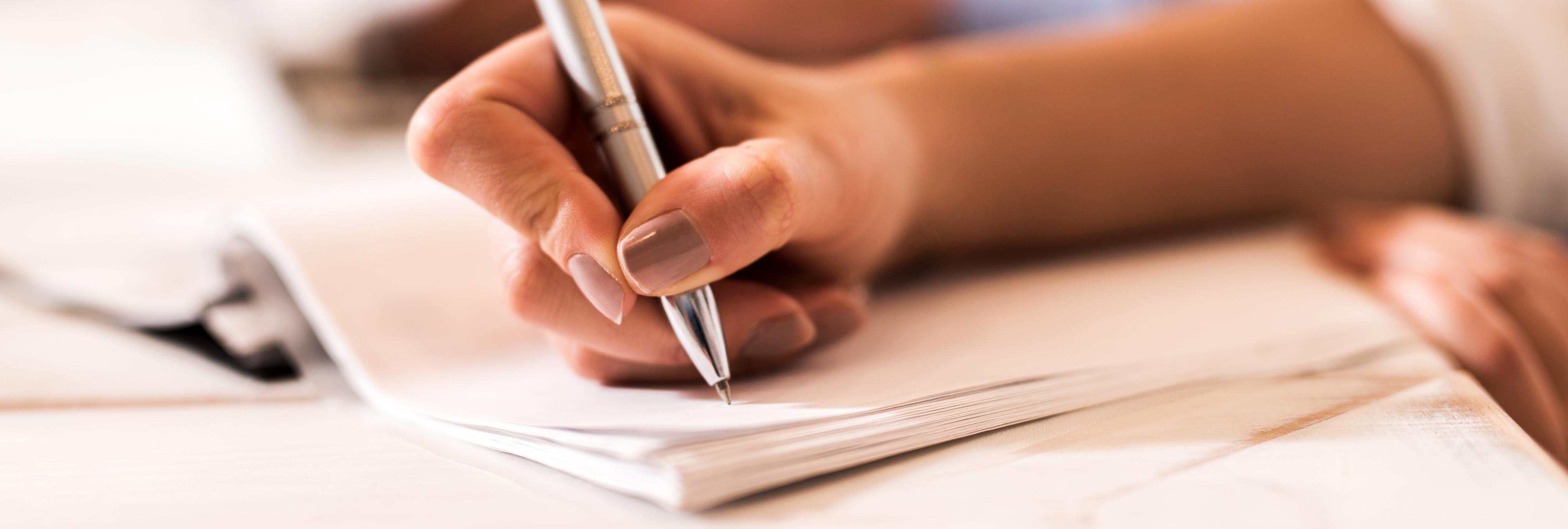 Escribe una carta de reconciliación y su ex la devuelve corregida y calificada con un muy deficiente