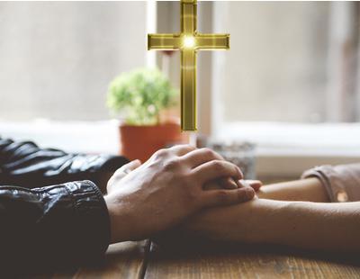 Suspenden el primer 'First Dates' católico por falta de católicos