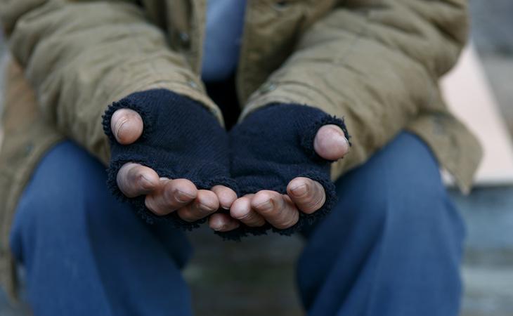 La actual situación del mercado laboral fomenta la pobreza y la exclusión social, según denuncia la Comisión Europea