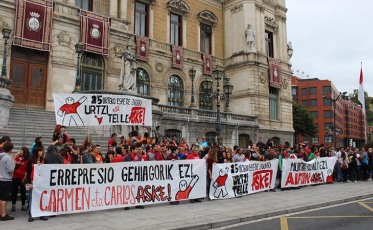 Manifestación en apoyo a Jon Telletxea y Urtzi Martínez