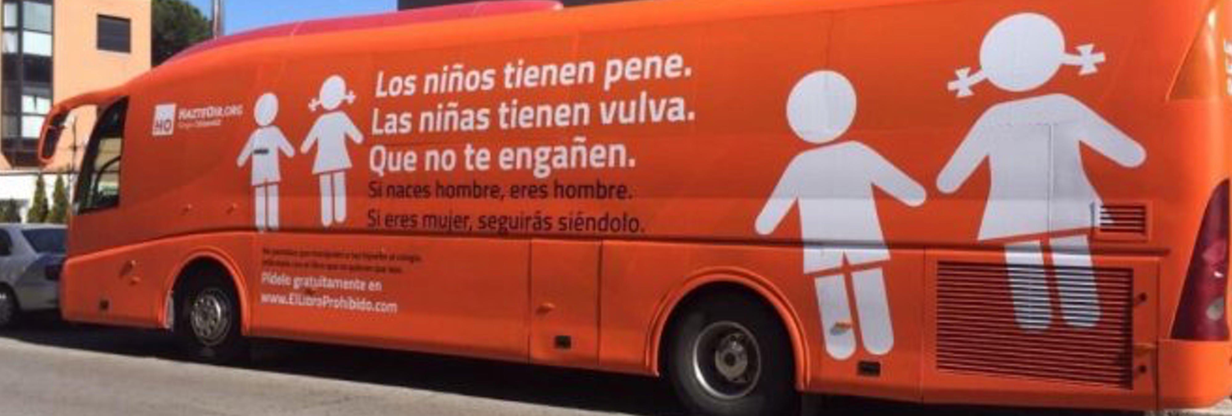 El asqueroso autobús transfóbico de los ultras de Hazte Oír que pretende dar la vuelta a España