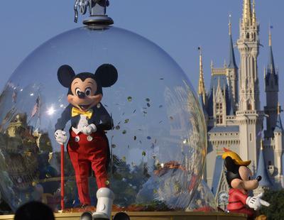 """Disneylandia tiene una larga lista de menores muertos: los verdaderos """"niños perdidos"""" de la factoría"""