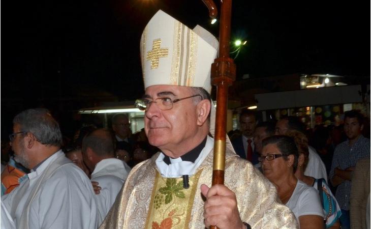 El obispo de Canarias, Francisco Cases