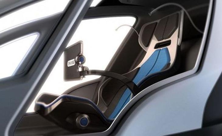 El vehículo cuenta con un sistema de GPS que guiará a la aeronave al destino elegido a través de una pantalla táctil