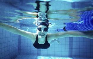 Un test demuestra que el 100% las piscinas públicas contienen restos de orina