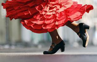 El español es el idioma más feliz, según un estudio