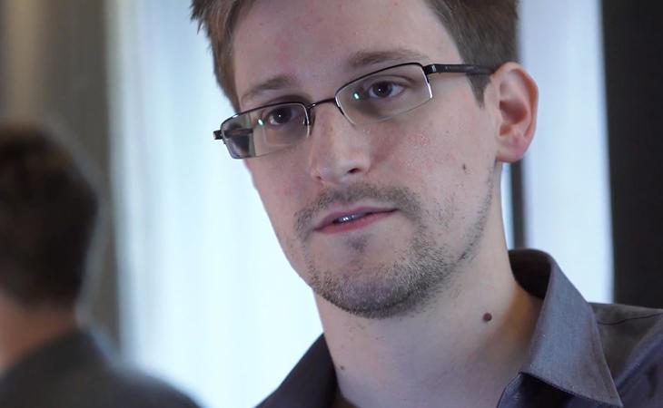 Edward Snowden, exagente de la CIA, ha confirmado la noticia