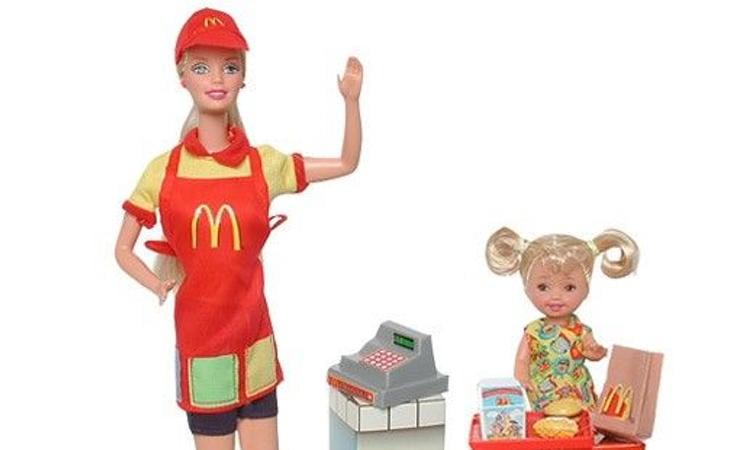 Barbie trabajando en McDonal's en 1982