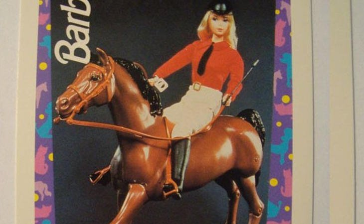 Barbie y su primer caballo
