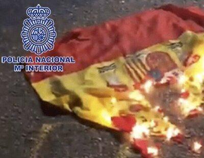 Detenido un joven de 19 años en Murcia por quemar una bandera de España