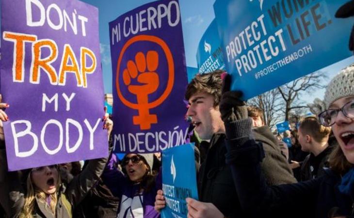 La mujer en Texas se ve sometida a un duro proceso si decide abortar