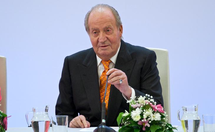 El Rey Juan Carlos se jactó de contar con el favor de la prensa durante la grabación captada por el CNI