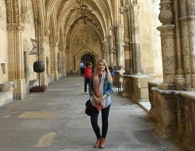 Rechazan su currículum por ser rumana en Madrid, pese a sus méritos