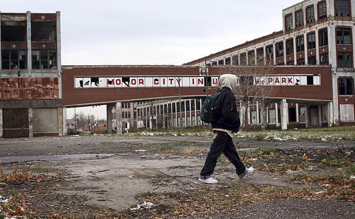 Detroit mantiene una de las tasas de criminalidad más altas de los Estados Unidos. También, una de las más altas de desigualdad y pobreza