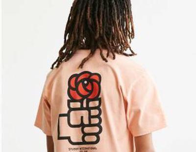 Retiran una camiseta hipster con el logo del PSOE después de que las redes se mofen
