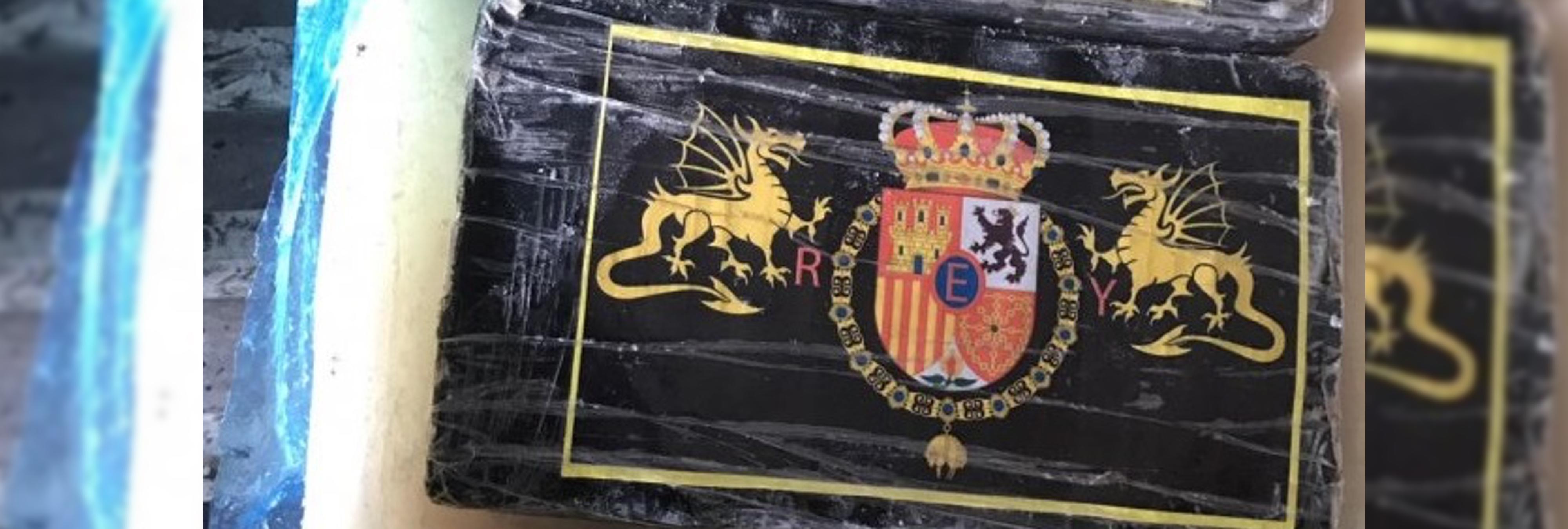 Llega la 'Farlopa Borbónica': un grupo de narcos sellan varios fardos con el emblema de Felipe VI