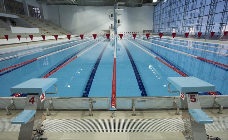 Al año nos pimplamos 1.380 piscinas de cerveza como esta