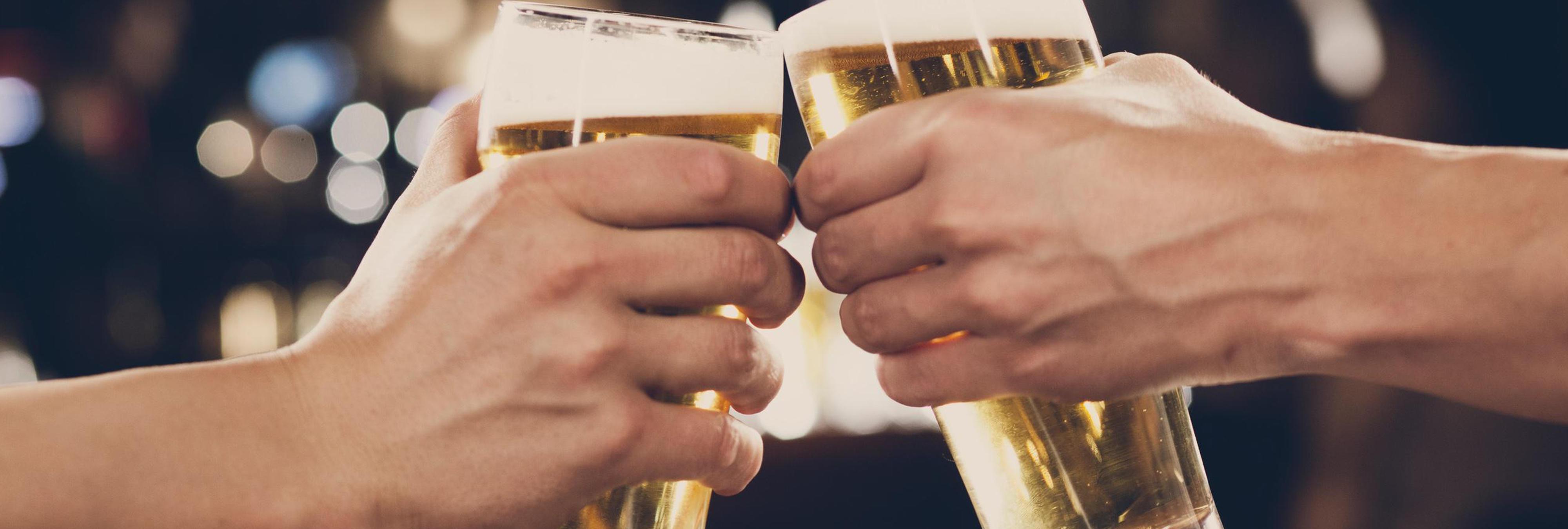 En España se consumen 1.380 piscinas olímpicas de cerveza al año