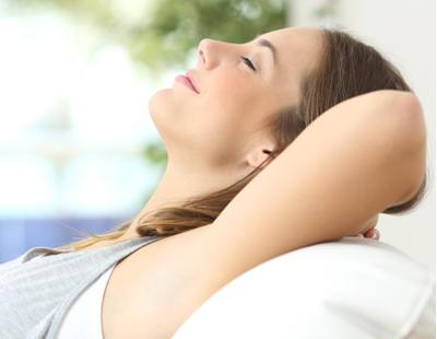 6 hábitos perjudiciales para la salud que quizás no conoces, según la OMS