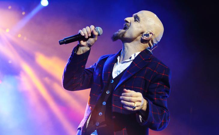 El vocalista y compositor, Tim Booth