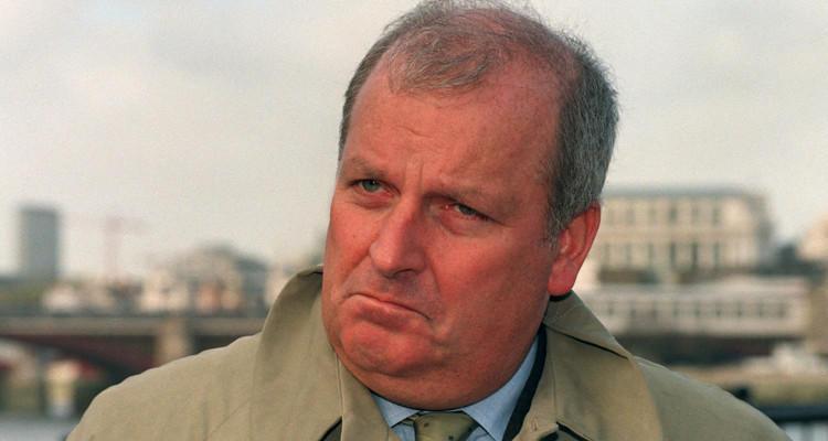 Kelvin MacKenzie es uno de los periodistas ingleses más controvertidos